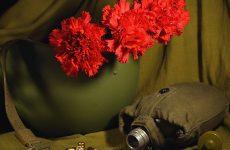 Мужики, поздравляю с 23 февраля, с Днём Защитника Отечества!