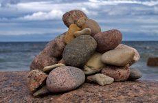 Копирайтер – «время разбрасывать камни…» и искать заказчика под ногами