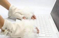 Работа копирайтера требует белых перчаток